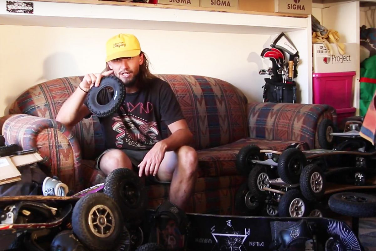 how to change mountainboard tyres